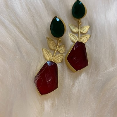 Red and Green Gold earrings